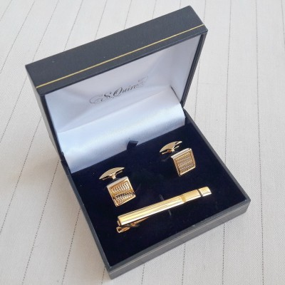EG-8035  Набор S.Quire: заколка для галстука 65 мм + запонки, никель, золотистого цвета с гравировкой
