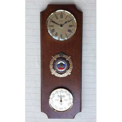 УЦЕНКА 4669 Метеостанция FISCHER (барометр, часы), 410х150 мм, Логотип ГИБДД, МАССИВ ДУБА, ЦВЕТ ОРЕХ